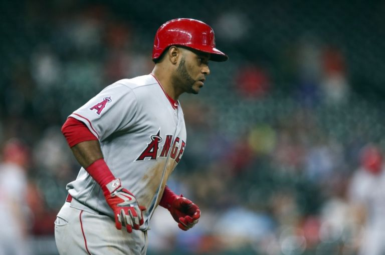 Gregorio-petit-mlb-los-angeles-angels-houston-astros-768x510
