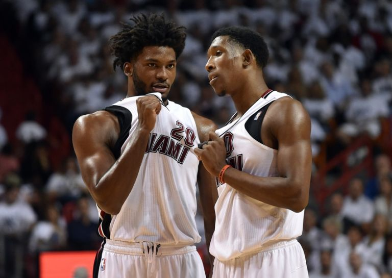 Josh-richardson-justise-winslow-nba-playoffs-charlotte-hornets-miami-heat-768x545