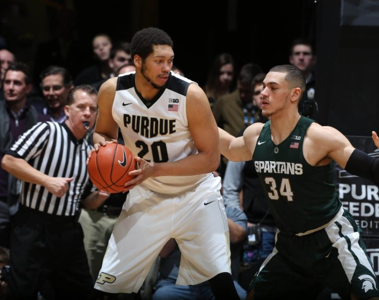 Gavin-schilling-a.j.-hammons-ncaa-basketball-michigan-state-purdue-768x609