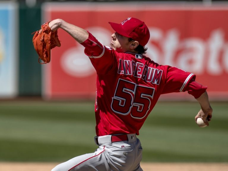 Tim-lincecum-mlb-los-angeles-angels-oakland-athletics-768x576