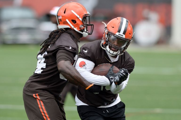 Isaiah-crowell-nfl-cleveland-browns-minicamp-768x510