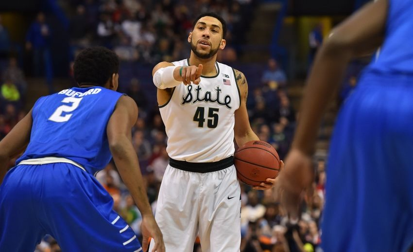 Denzel-valentine-ncaa-basketball-ncaa-tournament-first-round-michigan-state-vs-middle-tennessee-state-850x518
