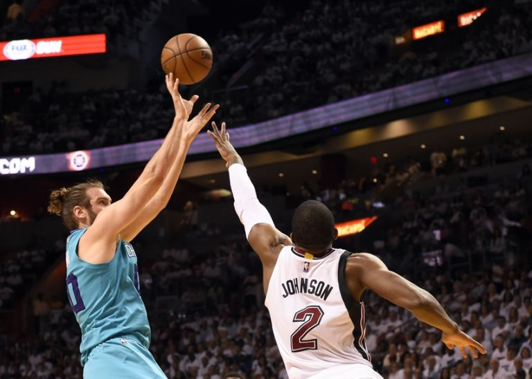 Joe-johnson-spencer-hawes-nba-playoffs-charlotte-hornets-miami-heat-768x548