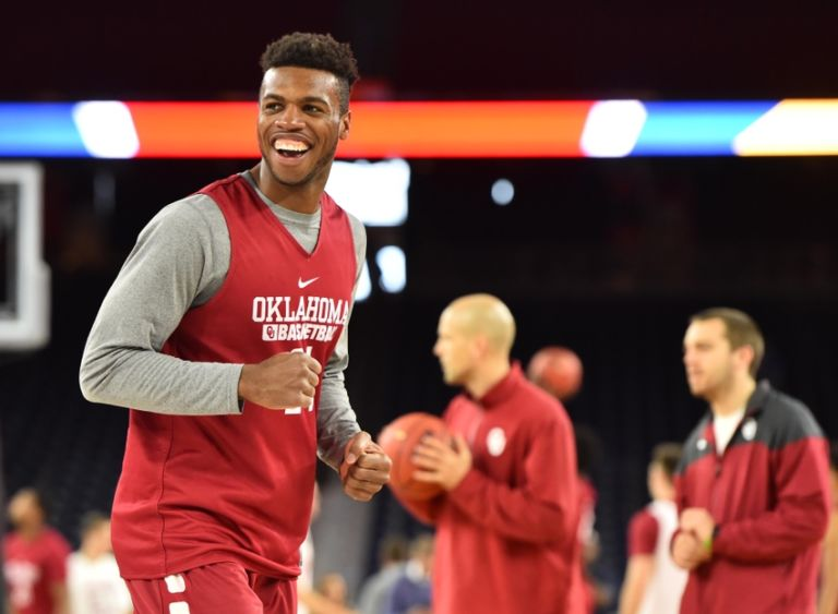 Buddy-hield-ncaa-basketball-final-four-practice-day-768x563